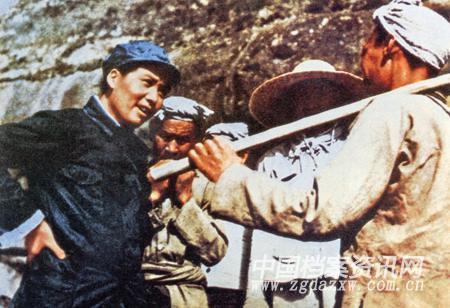 毛泽东与百姓欢度春节的日子